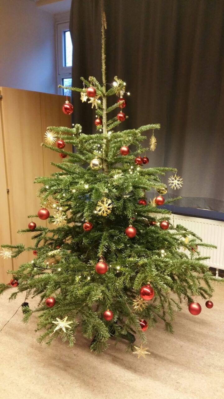 Weihnachtsfeier Begrüßung.Karl Gärtner Schule Wiesbaden Weihnachtsfeier 2017